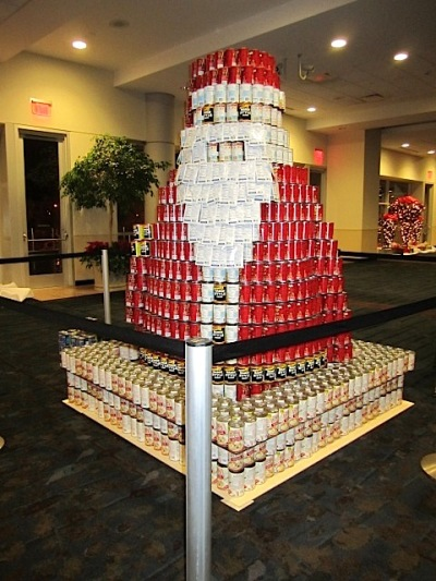 Messer Construction Co. presented Santa as a Canstruction entry.