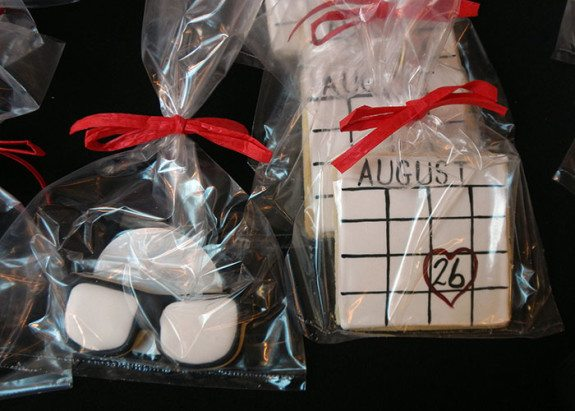 """Look Before you Book"" glasses and calendar cookies made by Yummy Cakes & More."